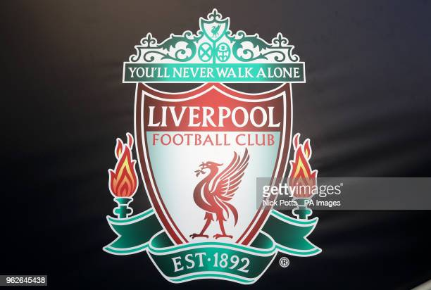 9 124 Liverpool Logo Photos And Premium High Res Pictures Getty Images