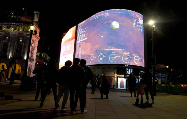 GBR: Live From Mars: Landing of NASA Perseverance Livestreamed On Piccadilly Lights