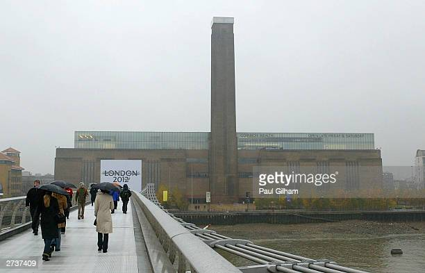 A general view of The London 2012 Olympic bid Logo which was was unvieled on the side of the Tate Modern Gallery on November 17 2003 in London The...