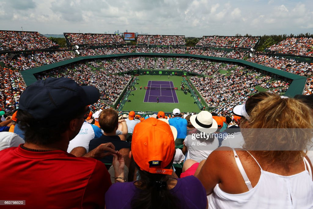 A general view of the match between Roger Federer of Switzerland against Rafael Nadal of Spain during the Men's Final and day 14 of the Miami Open at Crandon Park Tennis Center on April 2, 2017 in Key Biscayne, Florida.