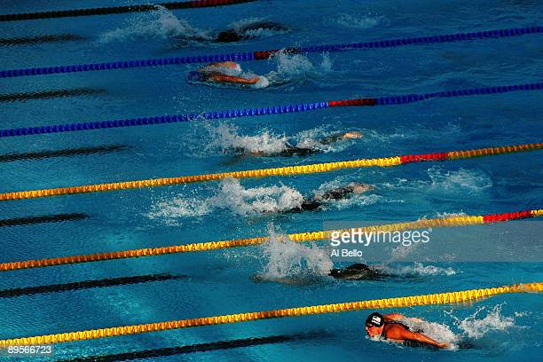General view of the Men's 400m Individual Medley Final during the 13th FINA World Championships at the Stadio del Nuoto on August 2, 2009 in Rome,...