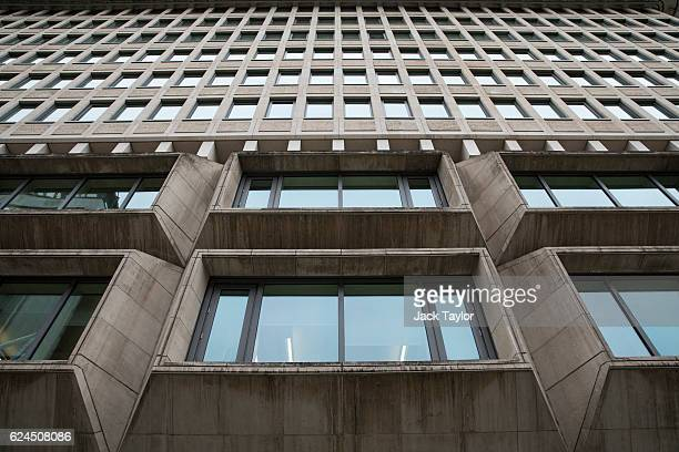 A general view of the Ministry of Justice on November 17 2016 in London England Brutalism is a style of architecture which was popular between the...