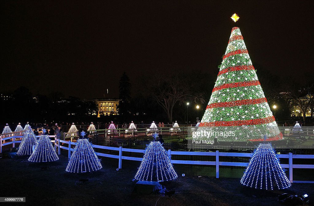 2014 Holiday Decorations - Washington, DC : News Photo