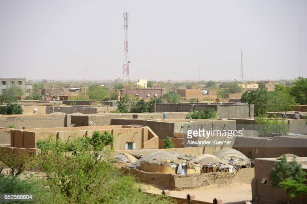 General view of the neighborhood on March 7 2017 in Gao Mali Each week locals and Touareg nomads gather at the market to trade their cattle including...