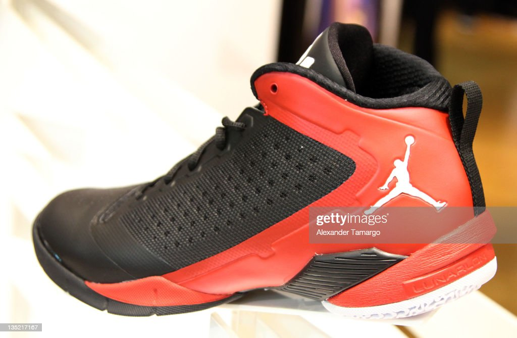 first rate e4633 39c0f Dwyane Wade Footwear Launch At Dadeland Mall   News Photo