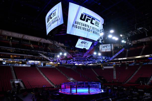 AZ: UFC 263: Adesanya v Vettori 2
