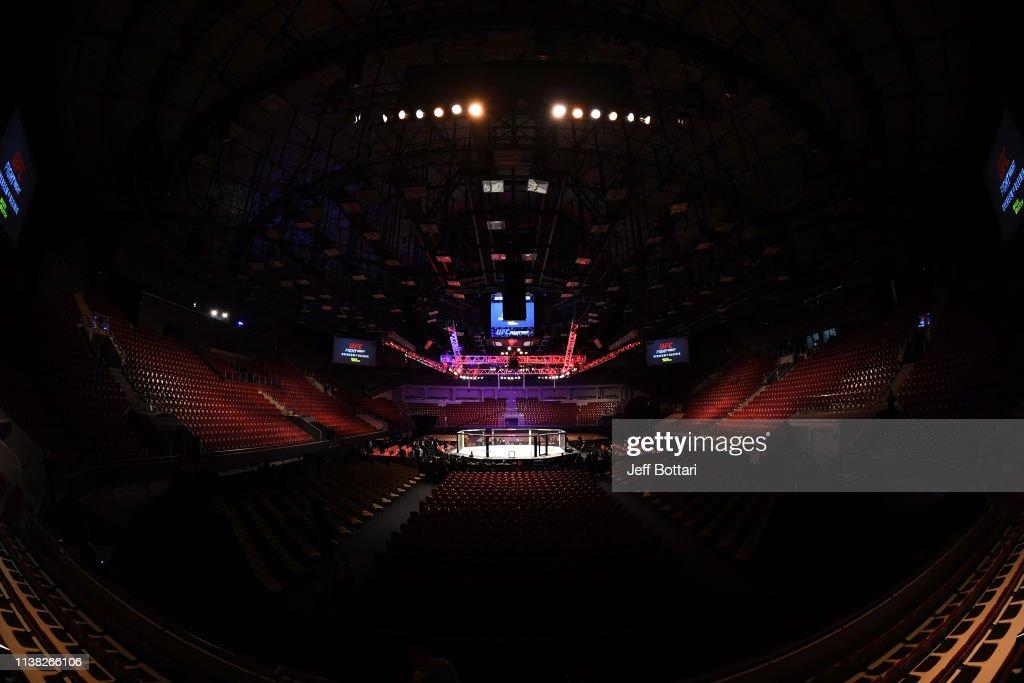 RUS: UFC Fight Night Overeem v Oleinik