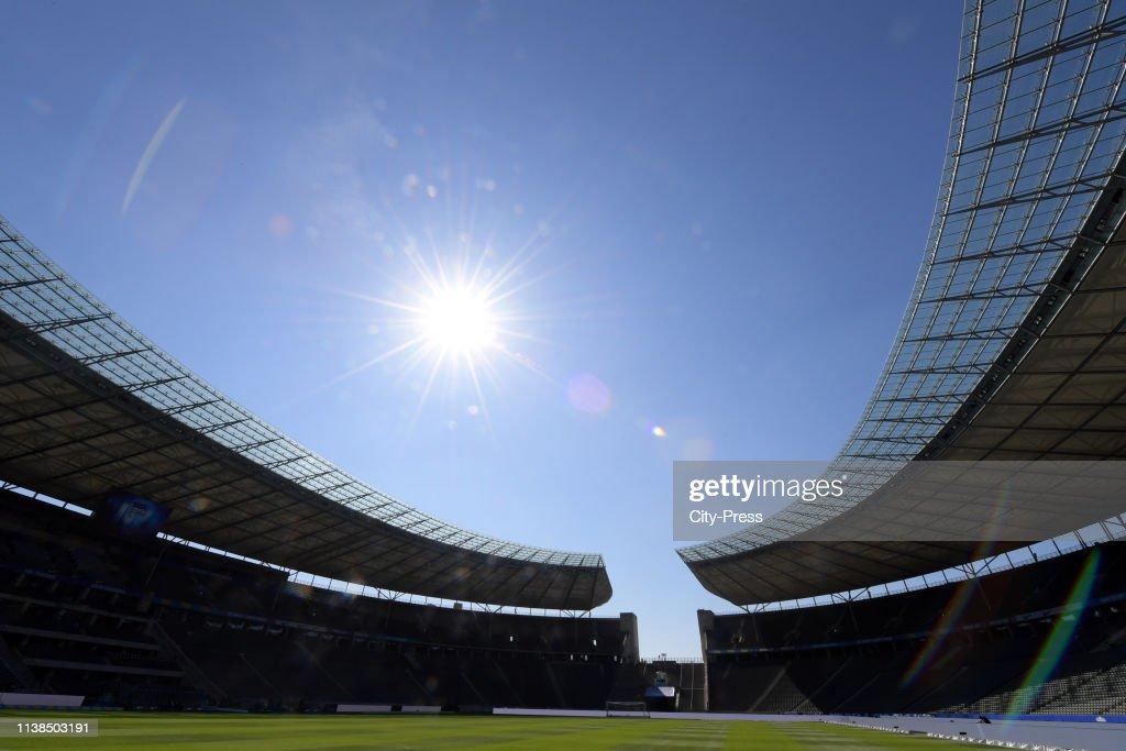 DEU: Hertha BSC v Hannover 96 - Bundesliga