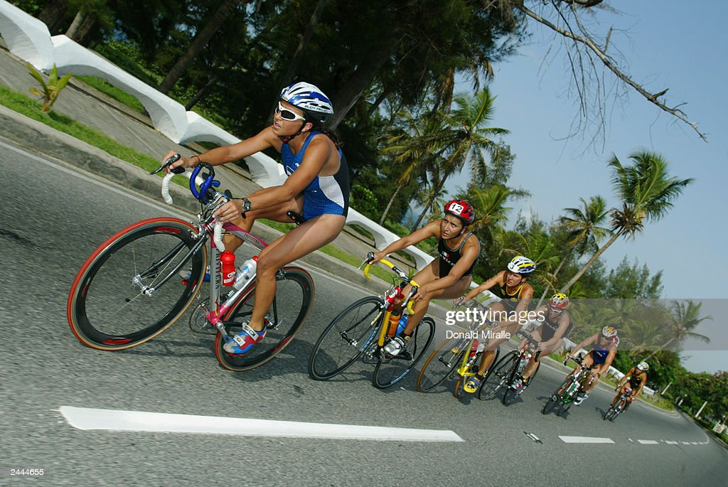 A general view of the pack on the bike leg of the Women's
