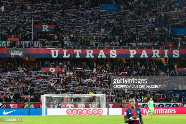 General view of the Paris Saint-Germain's ultra-fanatical fans, known as Ultras in the Parc des Princes stadium in Paris on September 14, 2018. - The...