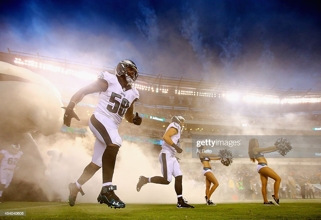 A general view of the Philadelphia Eagles entering the field against the Pittsburgh Steelers during their Pre Season game at Lincoln Financial Field on August 21, 2014 in Philadelphia, Pennsylvania.