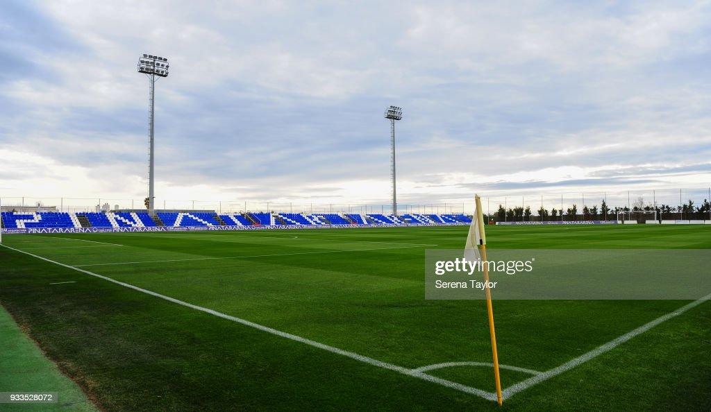 Newcastle United v Royal Antwerp FC - Friendly