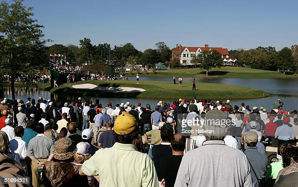 A general view of the play on the sixth green during the final round of PGA Tour Championship at East Lake Golf Club on November 7 2004 in Atlanta...