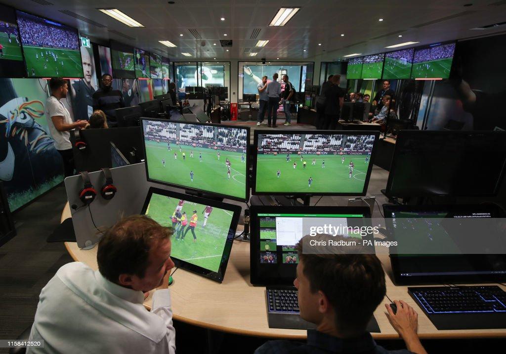 VAR Media Briefing - Premier League Productions : Nachrichtenfoto