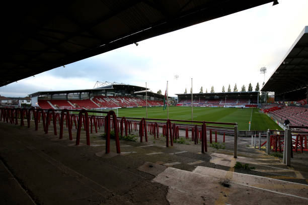 GBR: Wrexham v Chesterfield - Vanarama National League