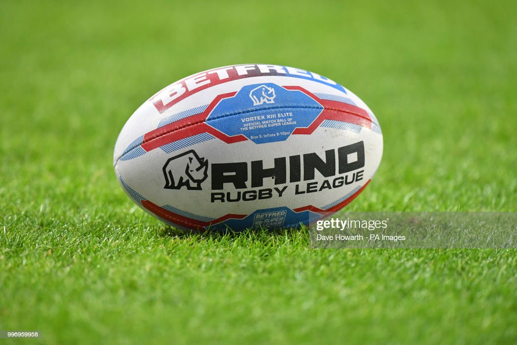 St Helens v Widnes Vikings - Betfred Super League - Totally Wicked Stadium : News Photo