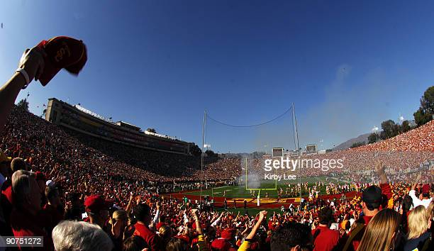 General view of the Rose Bowl as USC fans cheer as Trojan players enter the field before game against Michigan in Pasadena Calif on Monday January 1...