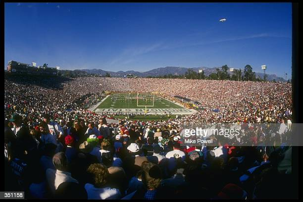 General view of the Rose Bowl game between the Michigan State Spartans and the USC Trojans at the Rose Bowl in Pasadena California Michigan State won...