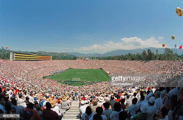 A general view of the Rose Bowl stadium during the 1999 FIFA Women's World Cup consolation final between Brazil and Norway played on July 10 1999 at...