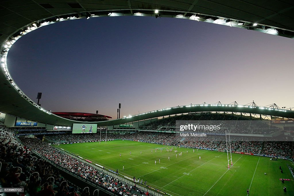 A general view of the round eight NRL match between the St George Illawarra Dragons and the Sydney Roosters at Allianz Stadium on April 25, 2016 in Sydney, Australia.