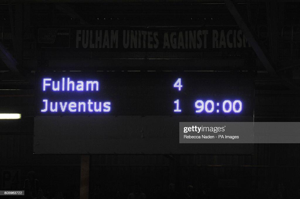 Soccer - UEFA Europa League - Round of 16 - Second Leg - Fulham v Juventus - Craven Cottage : News Photo