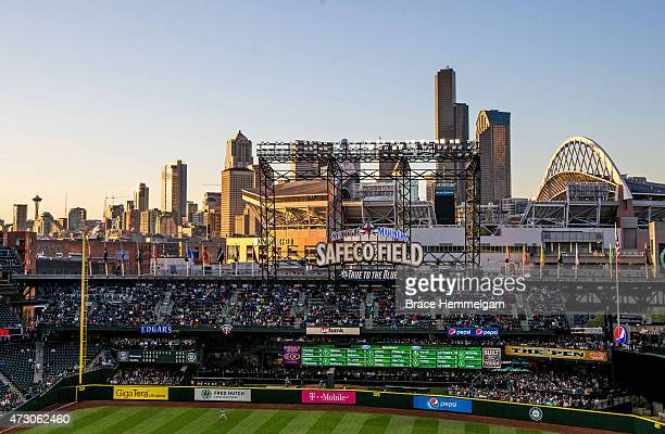 A general view of the Seattle skyline from Safeco Field during a game between the Seattle Mariners and the Minnesota Twins on April 25 2015 in...
