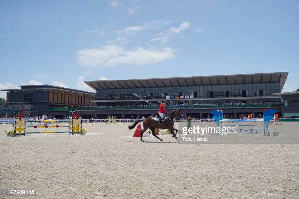 General view of the Show Jumping competition during day three of the Equestrian Tokyo 2020 Test Event at the Equestrian Park on August 14, 2019 in...