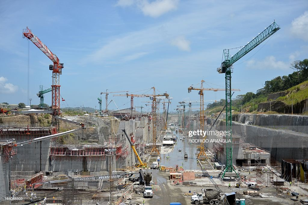 A general view of the site where the new Panama canal locks are being constructed, led by Spanish company Sacyr, in Puerto Colon, Panama, next to the Atlantic Ocean on March 19, 2013. The new locks will allow the passage of freighters with a cargo capacity of up to 12,000 containers. AFP PHOTO/ Rodrigo ARANGUA