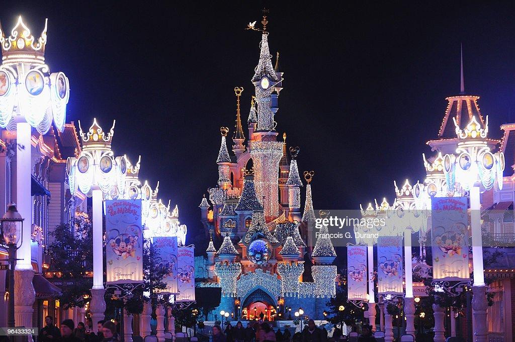 Disneyland Paris Magic Christmas Season Launch : News Photo