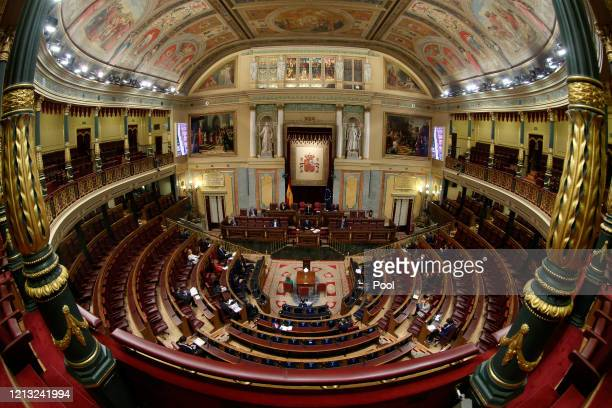 General view of the Spanish Parliament during the extraordinary plenary session held this Wednesday to explain the declaration of the state of alarm...