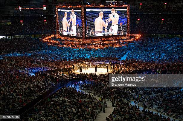 A general view of the stadium as Mark Hunt fights Antonio 'Bigfoot' Silva during the UFC 193 event at Etihad Stadium on November 15 2015 in Melbourne...