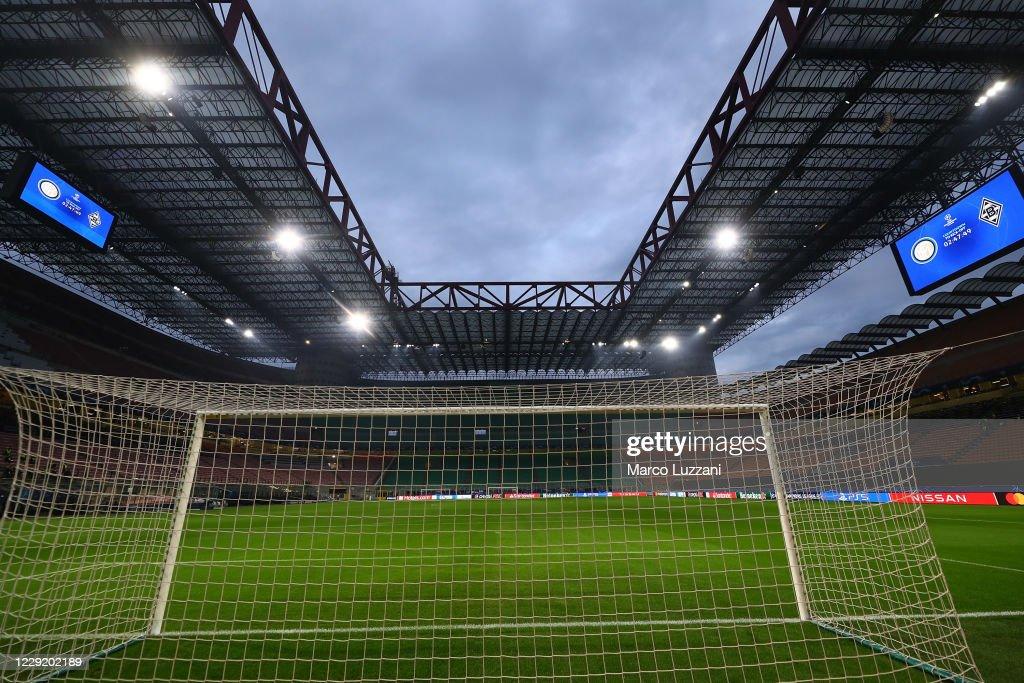 FC Internazionale v Borussia Moenchengladbach: Group B - UEFA Champions League : Nachrichtenfoto