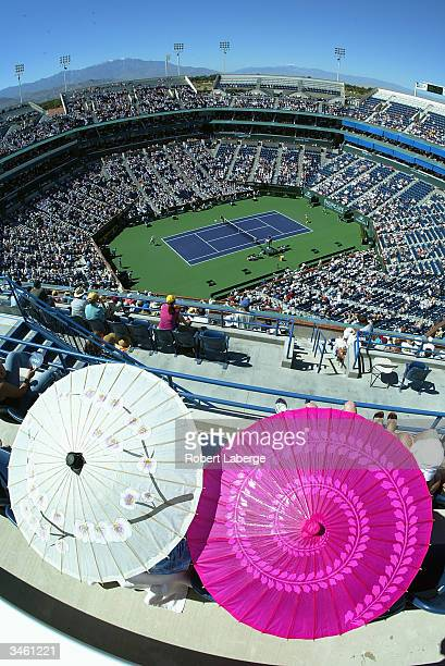 A general view of the Stadium Court as Lindsay Davenport of the USA awaits the forehand return shot of Justine HeninHardenne of Belgium during the...