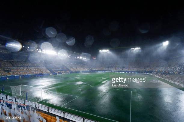 General view of the stadium during a stormduring the UEFA Europa League Group I stage match between Villarreal CF and Maccabi Tel-Aviv FC at Estadio...