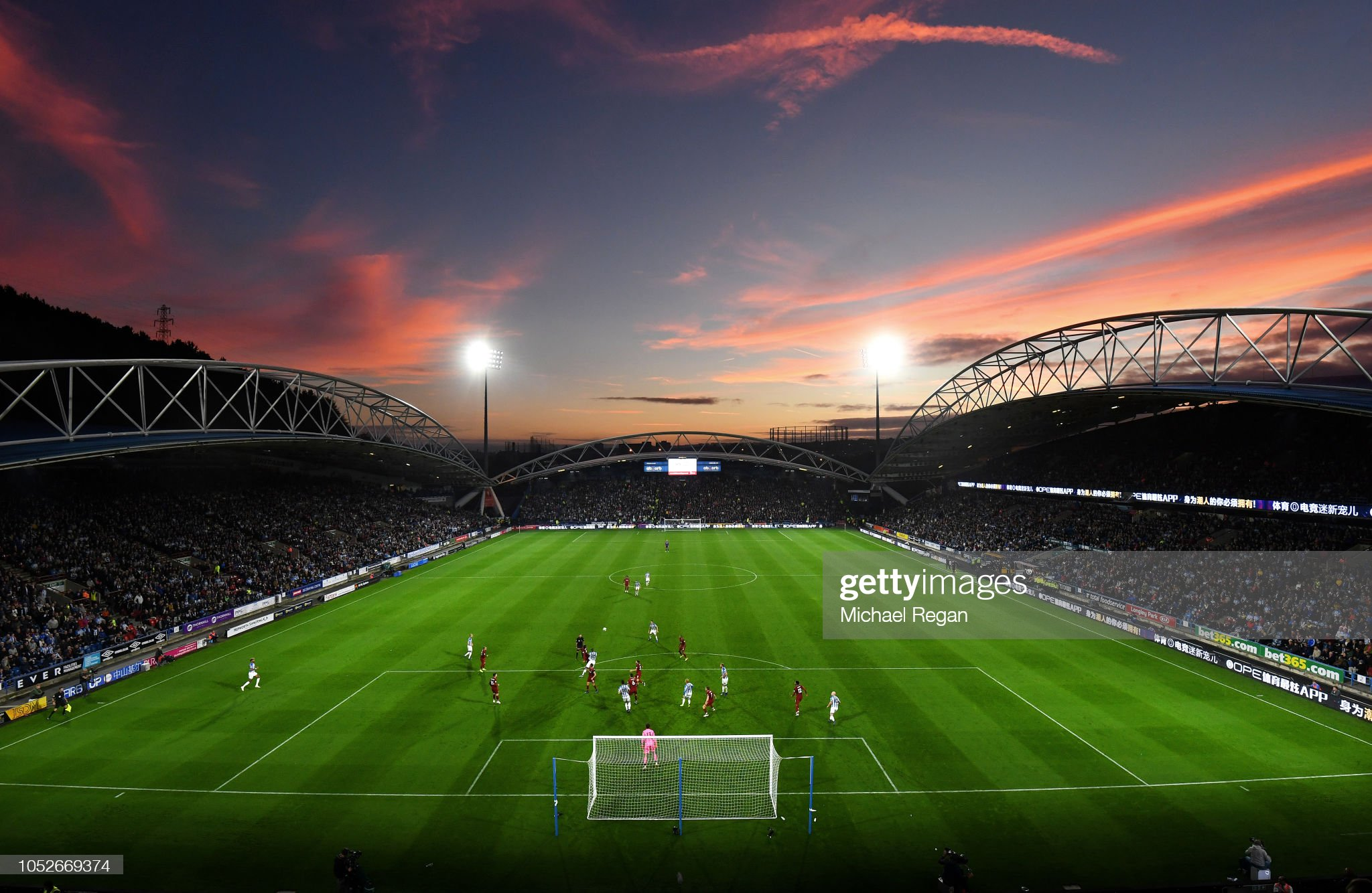 Huddersfield Town v Liverpool FC - Premier League : ニュース写真