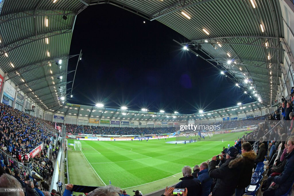 SC Paderborn 07 v 1. FC Koeln - Second Bundesliga : Nachrichtenfoto