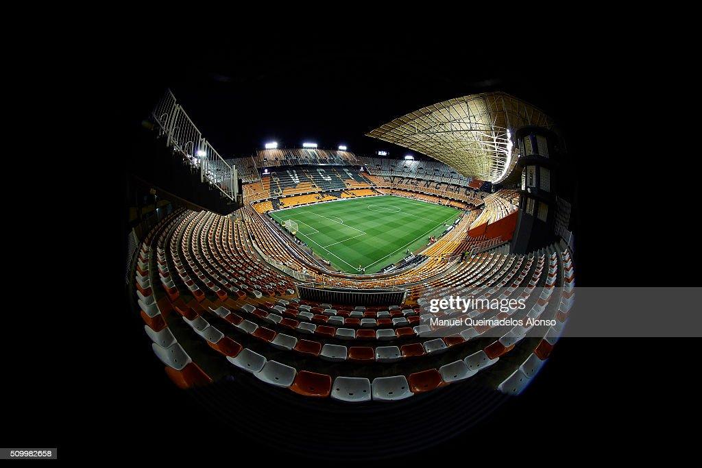 A general view of the stadium prior to La Liga match between Valencia CF and RCD Espanyol at Estadi de Mestalla on February 13, 2016 in Valencia, Spain.