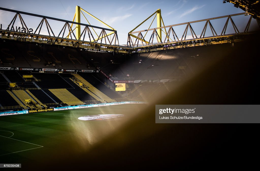 General view of the stadium prior to the Bundesliga match between Borussia Dortmund and FC Bayern Muenchen at Signal Iduna Park on November 4, 2017 in Dortmund, Germany.