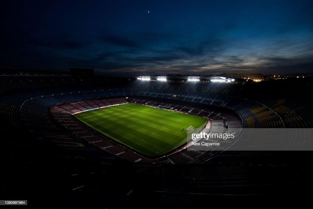 ESP: FC Barcelona v Tottenham Hotspur - UEFA Champions League Group B