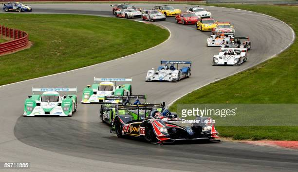 A general view of the start of the American Le Mans Series Acura Sports Car Challenge at the MidOhio Sports Car Course on August 8 2009 in Lexington...