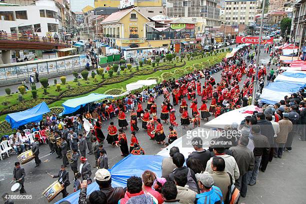 General view of the street during the traditional Andean parade Jiska Anata at the beginning of the Festival on March 04 2014 in La Paz Bolivia Jiska...