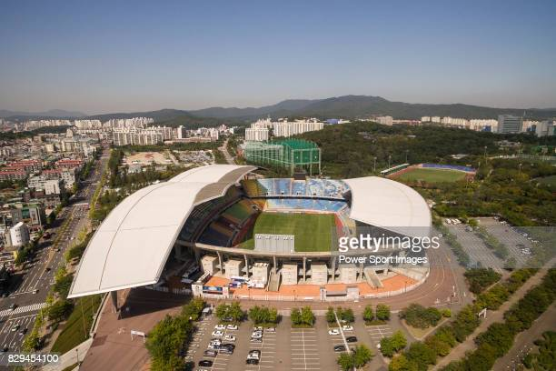 General view of the Suwon World Cup Stadium ahead the 2018 FIFA World Cup Russia Final Qualification Round Group A match between Korea Republic and...