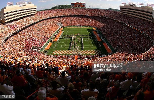 A general view of the Tennessee Volunteers taking the field before the start of their game against the Georgia Bulldogs at Neyland Stadium on October...