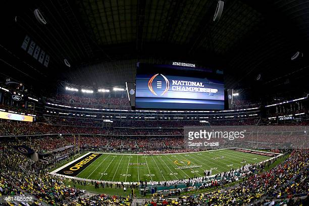 A general view of the the College Football Playoff National Championship Game between the Oregon Ducks and the Ohio State Buckeyes at ATT Stadium on...