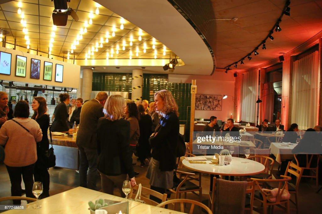 Tim Maelzer Event \'Die Gute Botschaft\' In Hamburg Photos and ...