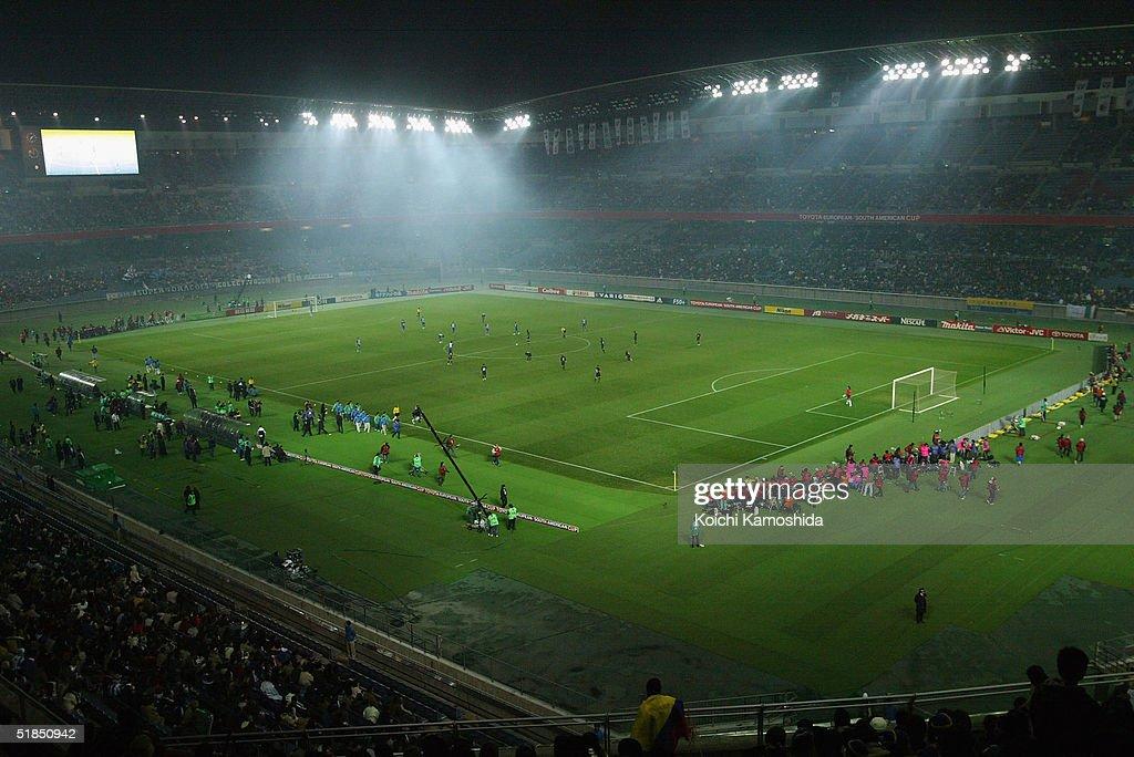Toyota Cup, FC Porto vs Once Caldas : ニュース写真