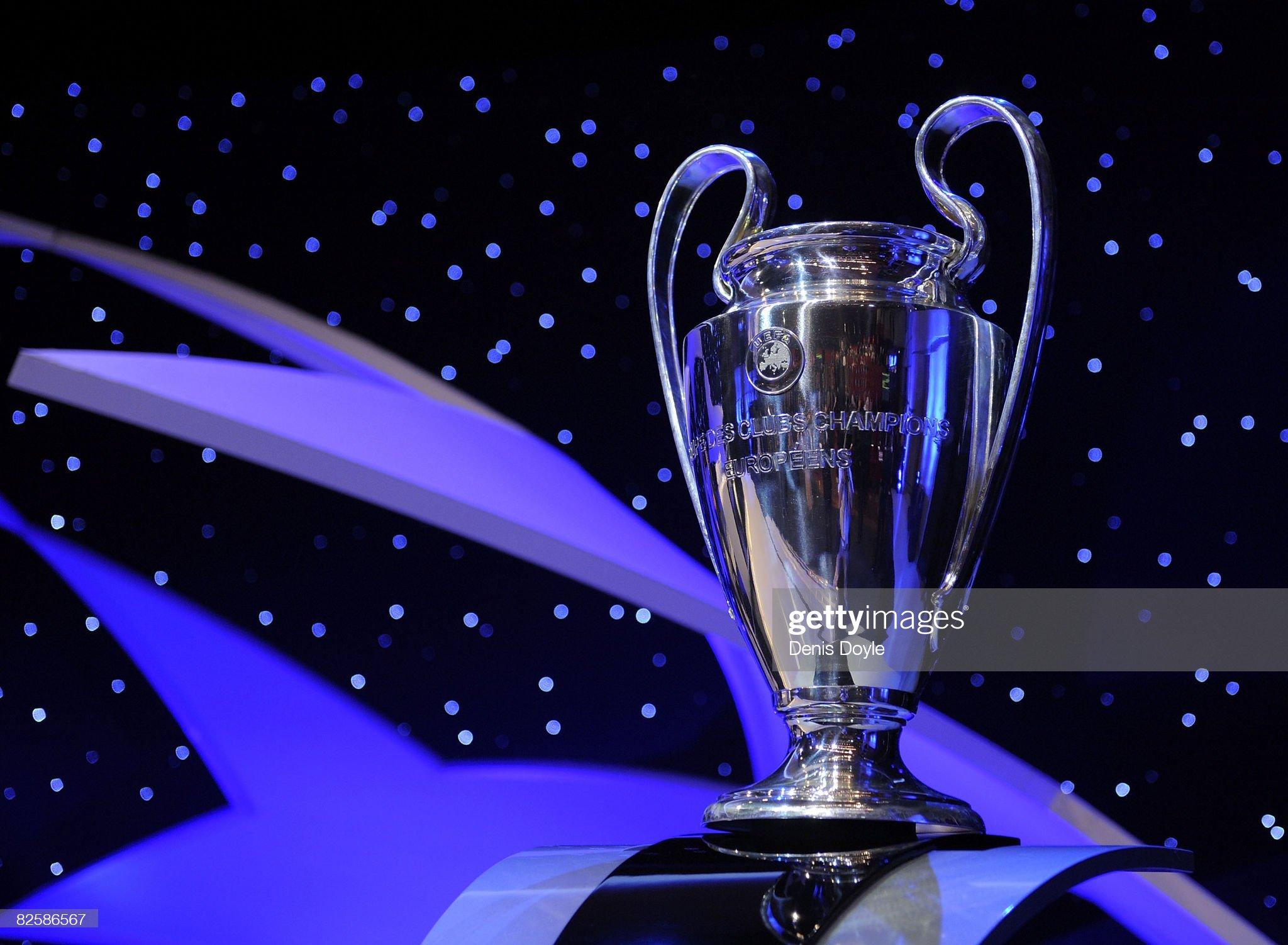 UEFA Champions League & UEFA Cup Draw : ニュース写真