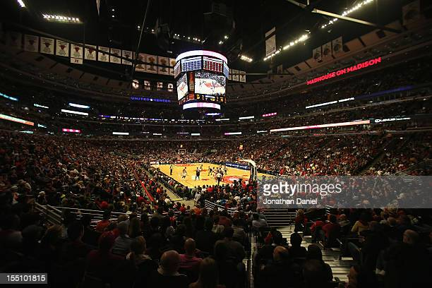 A general view of the United Center as the Chicago Bulls take on the Sacramento Kings on October 31 2012 in Chicago Illinois The Bulls defeated the...