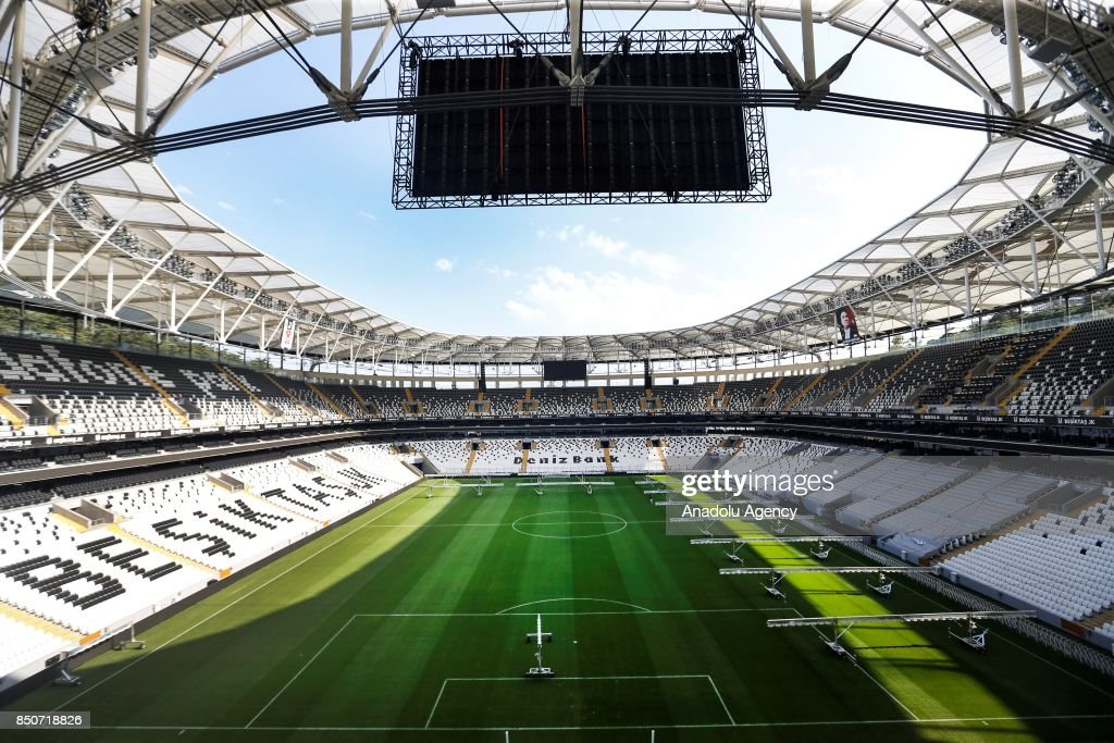 The Vodafone Park of Istanbul hosts 2019 UEFA Super Cup's final : News Photo