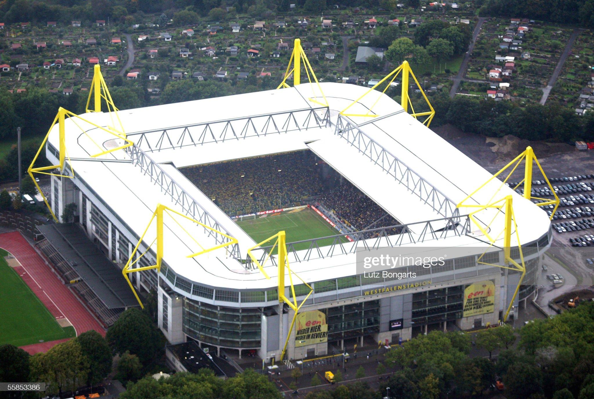 General View Westfalen Stadium : ニュース写真